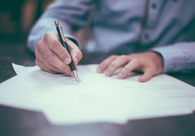 Confidentiality in counselling - signing a contract